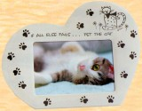 **Heart Shape Cat Frame